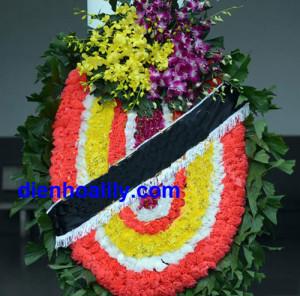 vòng hoa tang lễ miền bắc