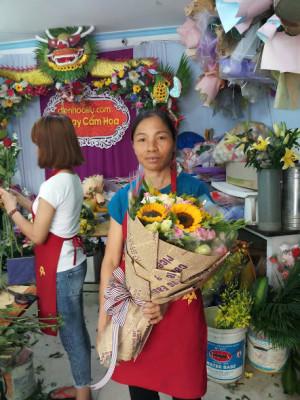 Dạy bó hoa sinh nhật tròn